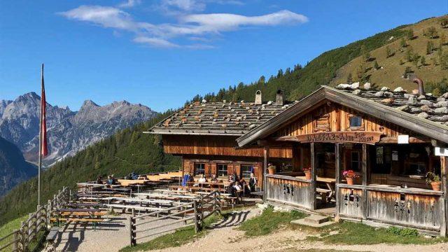 Von Maurach – Dalfazalm – Erfurter Hütte – Maurach (Rofan-Rundtour)